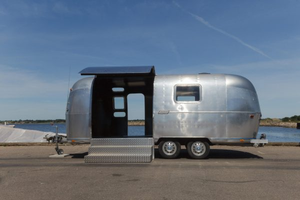 Rock-Roll-Airstream-3-of-10_done.jpg